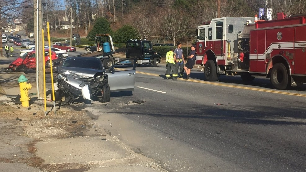 Police: 1 person killed in wreck on Patton Avenue | WLOS
