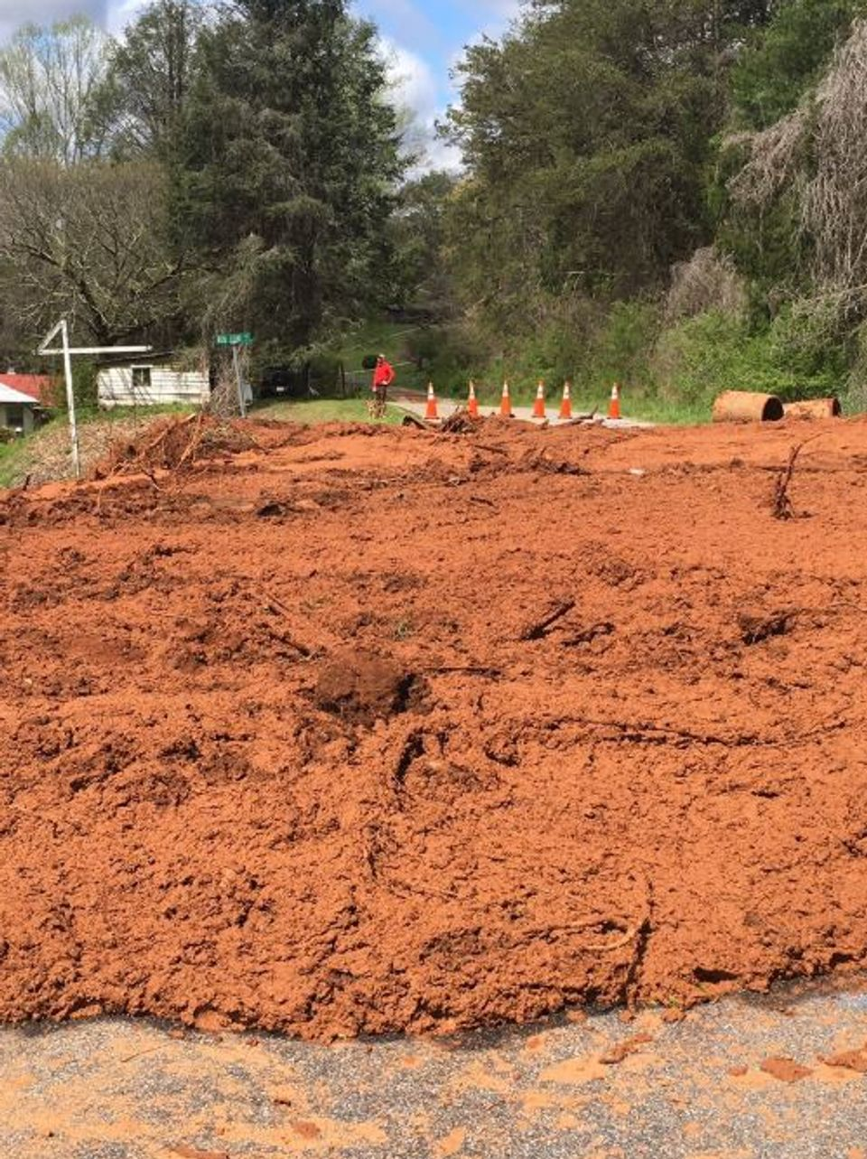 Macon County Mudslide Forces 16 People To Evacuate Homes Wlos
