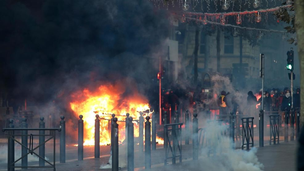 Macron to break silence, address French nation amid protests | WLOS